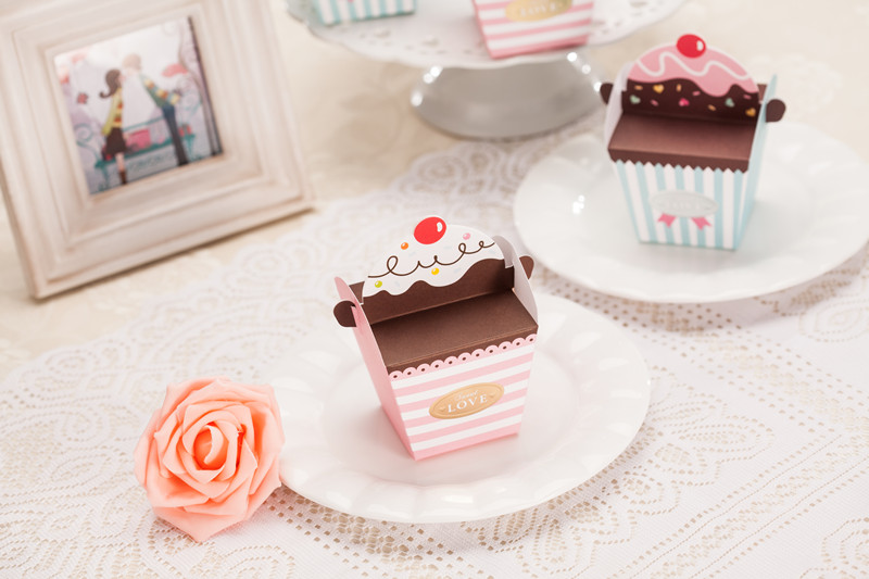 DIY Cupcake / ice-cream favor wedding box // Wedding Favor Box // Packaging box