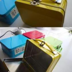 Mini Suitcase tin can with handle